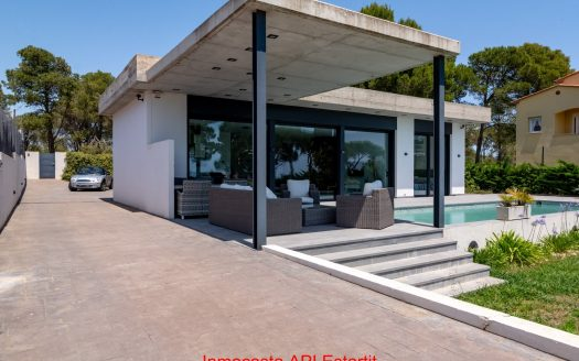 1843 Inmocosta API casa amb piscina privada