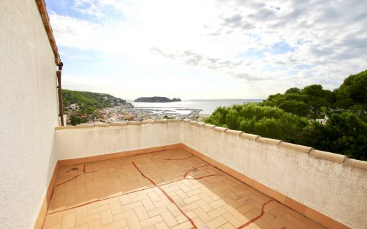Venta casa 1861 Inmocosta API Rocamaura Mediterranea 65 Torre independiente con espectaculares vistas al mar