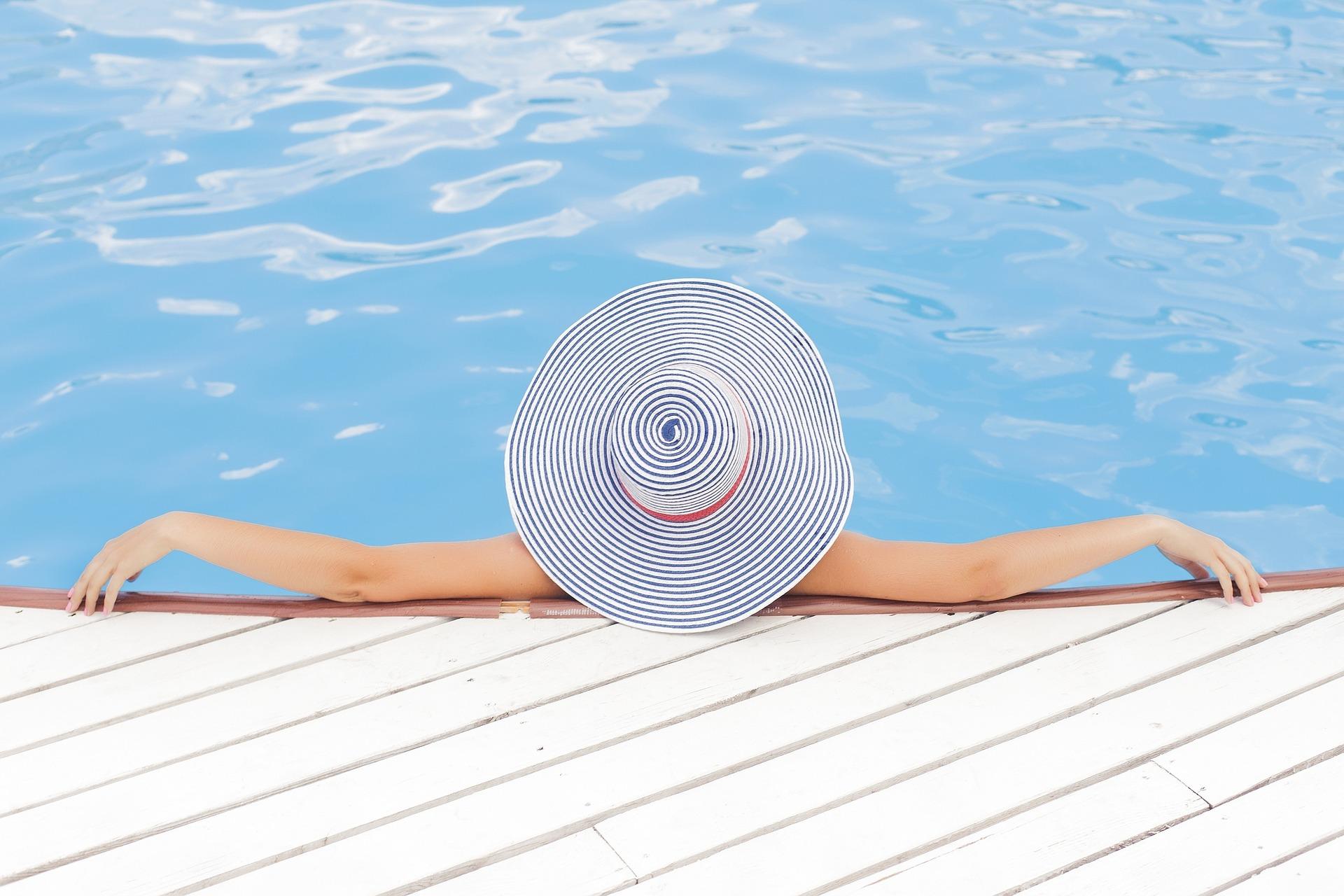 Piscina verano Inmocosta API Estartit