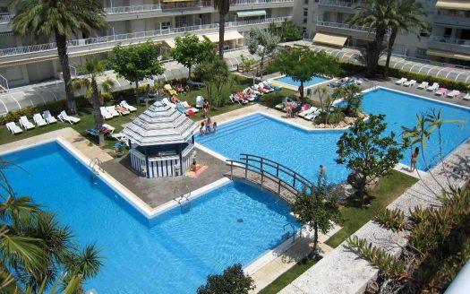 Appartement en duplex avec piscine commune à l'entrée de l'Estartit.