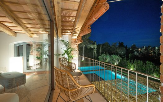 Spectacular renovated farmhouse in the center of Pals, Baix Empordà.