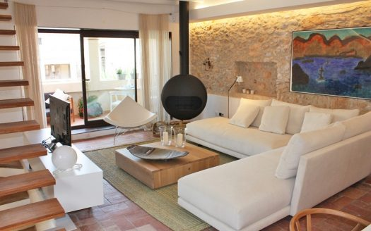 Rustic house for sale in the center of Albons, Baix Empordà