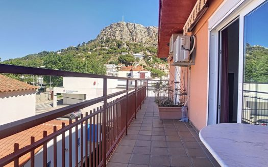 Apartament situat en el centre urbà a 400 metres de la platja, l'Estartit.