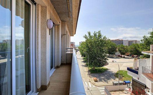 Appartement en bon état dans le centre de l'Estartit.